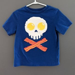 Eggs & bacon skull with crossbones blue t-shirt